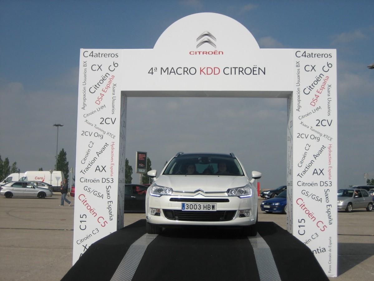 Podium-Citroen-2010-31.jpg