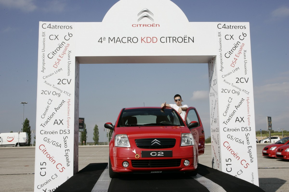 Podium-Citroen-2010-3c22f011b12b95b78.jpg