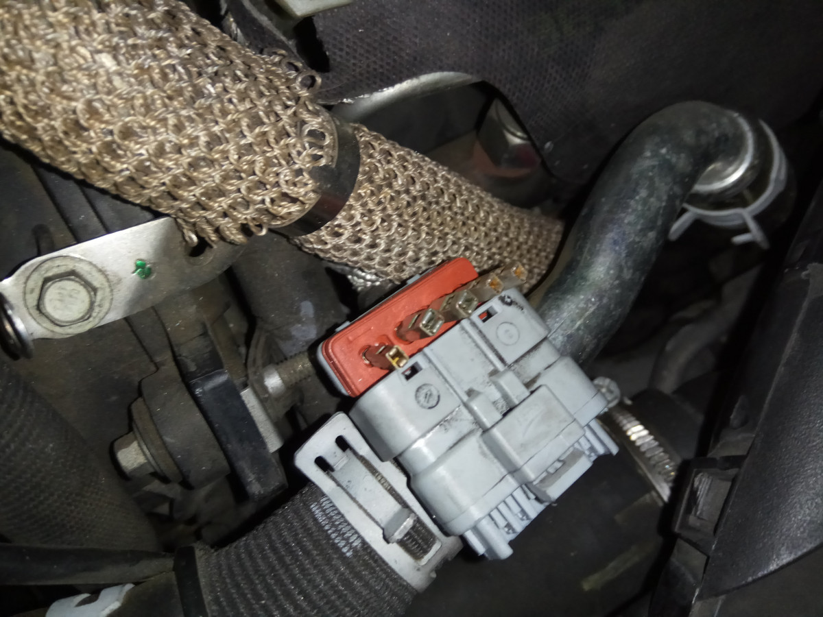 Conector EGR Delantera V6 HDi (4)